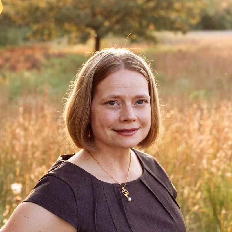 Dr. Rebecca Lu